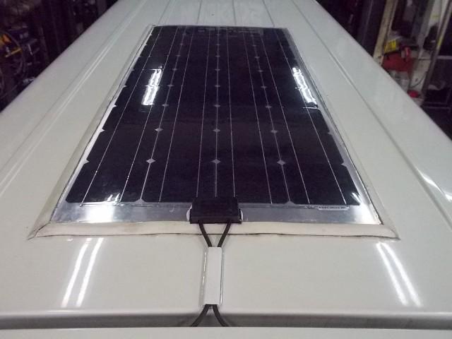 ソーラーパネル 001